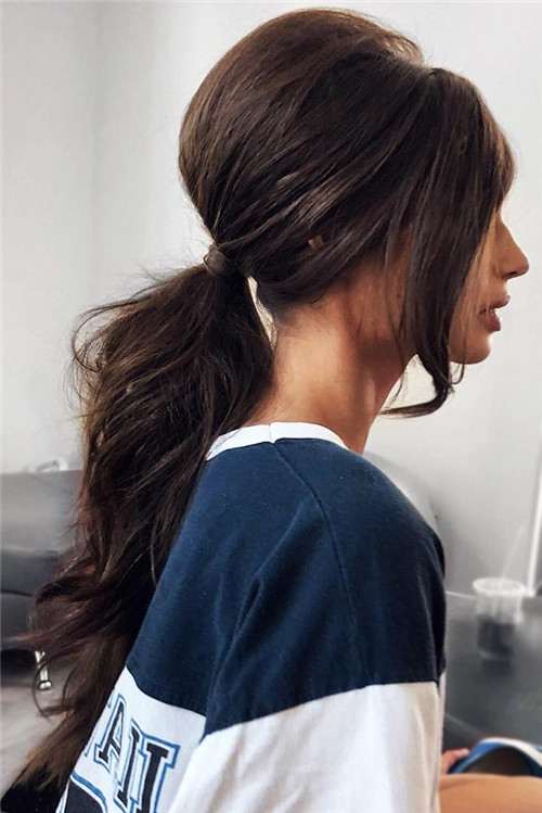 the low ponytail